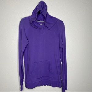Nike lightweight pullover hoody 💜